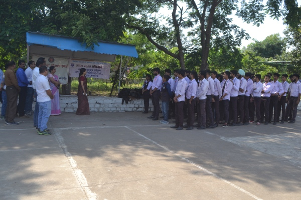 Swachhta Abhiyan at BSSS College, Bhopal (04 October 2017)